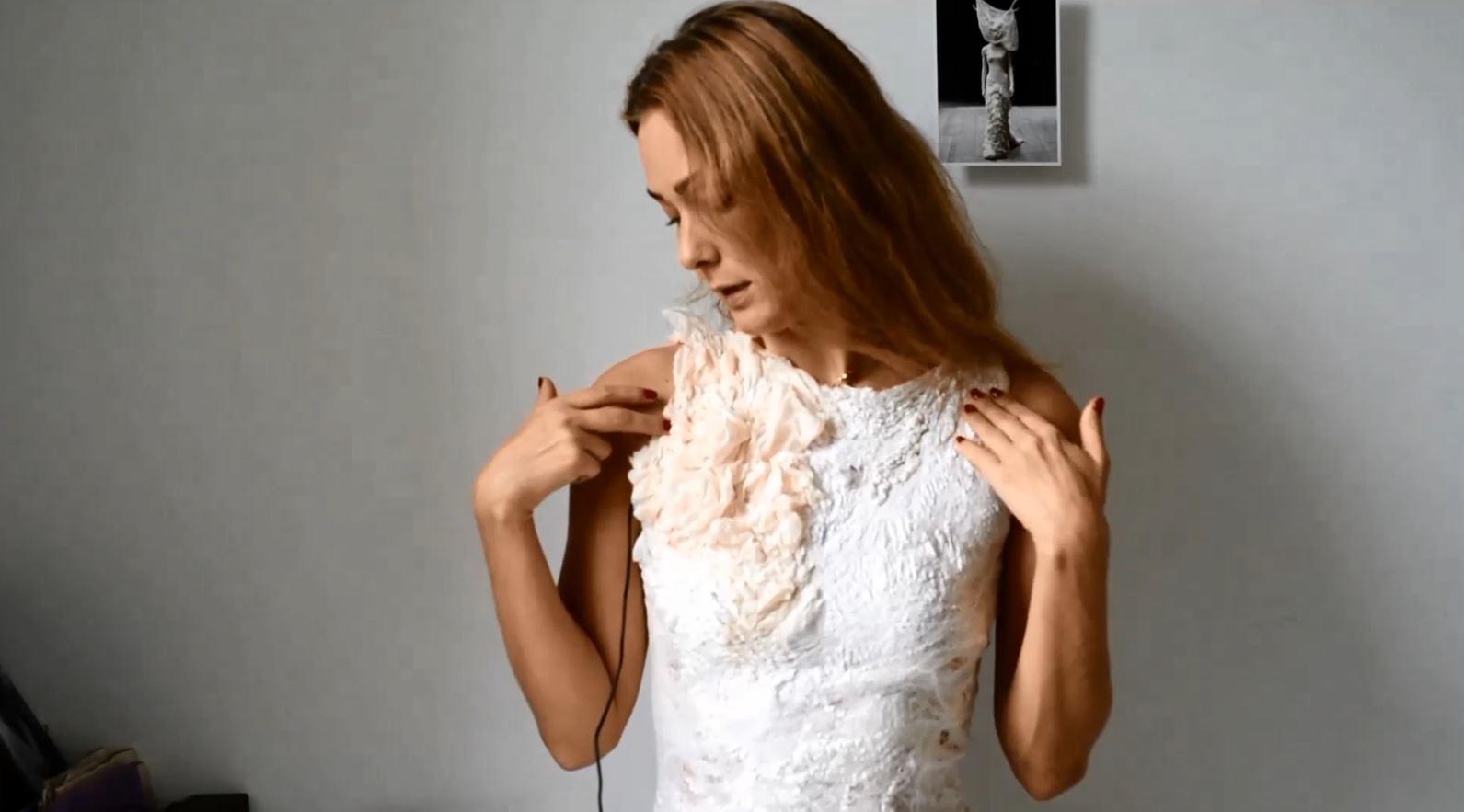 Вильте Казлаускайте. Платье в технике nuno felting